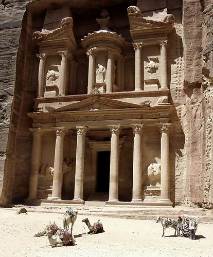 Treasury at Petra. Photo by Ferrell Jenkins, BiblicalStudies.info.